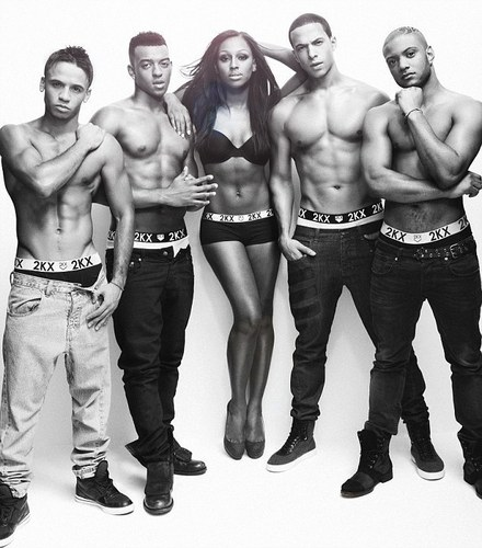 Alexandra Burke & Jls Показать Off Their Underwear Range (Photo shoot) 100% Real :) x