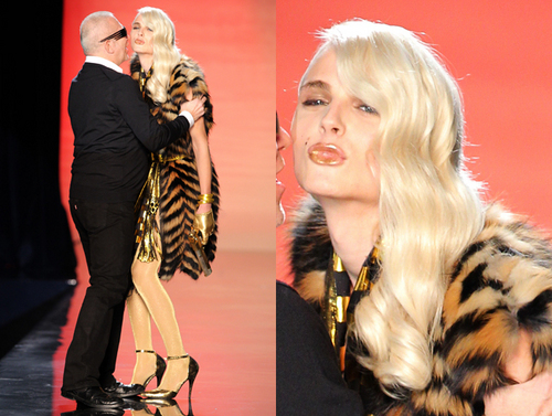 andrej pejic Hintergrund called Andrej Pejic for Gaultier Men's Fall 2011