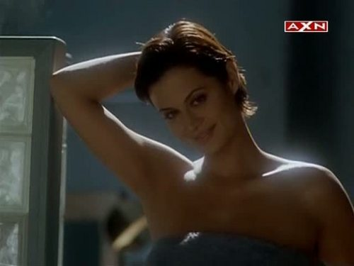 Catherine Bell wallpaper containing skin titled CATHERINE BELL - HOT AND SEXY