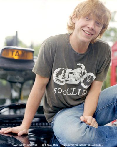 Rupert Grint wallpaper probably containing a park bench and a street titled Rupert( Driving Lessons) Photoshhots HQ