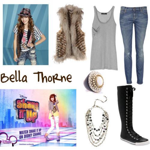 Bella Thorne Clothes