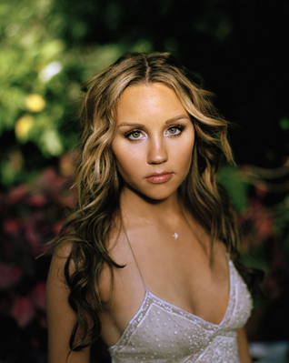 Amanda Bynes wallpaper probably with a portrait entitled Uknown Photoshoot