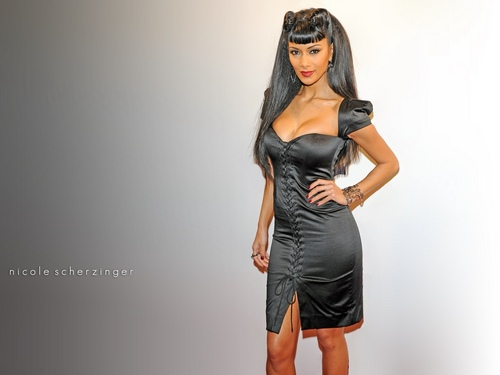 nicole scherzinger wallpaper containing a coquetel dress titled nicoLe-