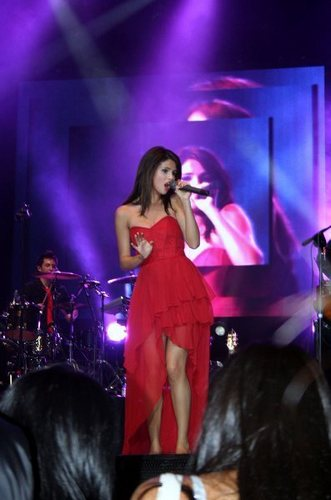 selena Gomez In Santiago,Chile
