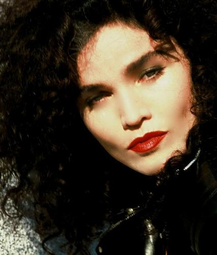 The 80s wallpaper probably with a portrait entitled ♥Alannah Myles♥