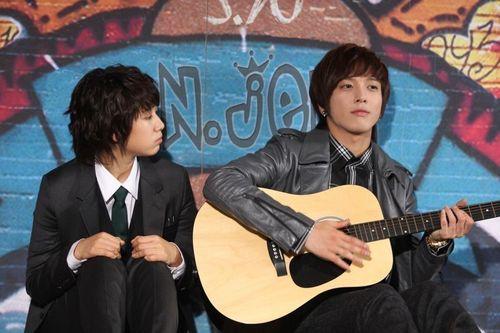 ☆ Jung Yong Hwa☆