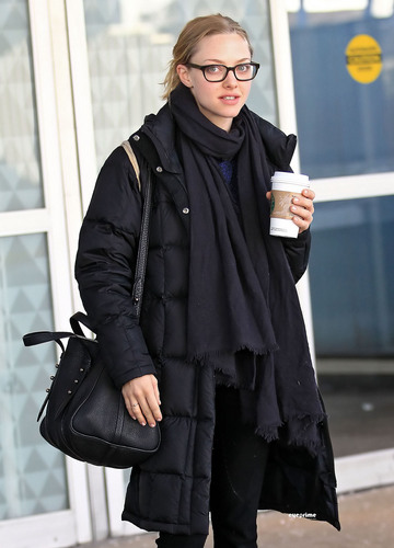 Amanda arriving in NYC (February 3rd 2011).