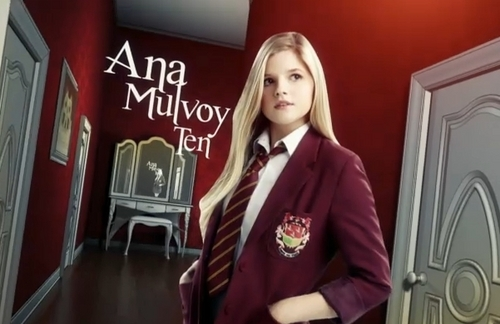 The House of Anubis wallpaper probably with a well dressed person, an outerwear, and a box cappotto titled Amber