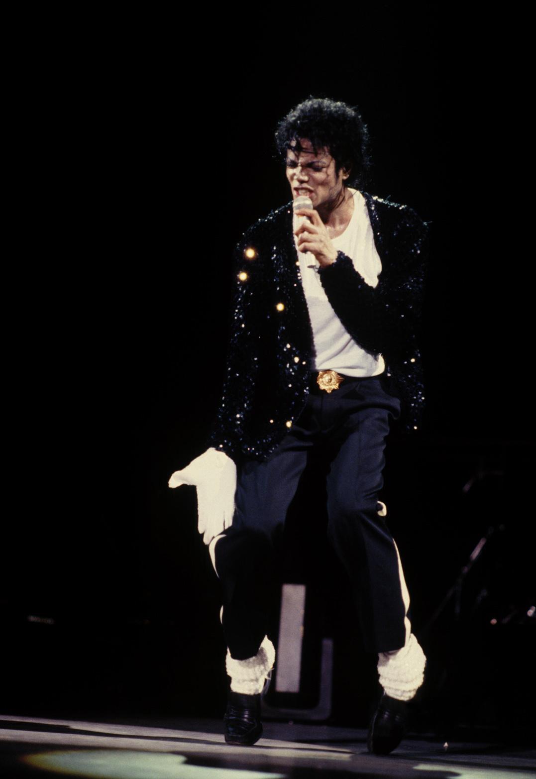 Bad, Badder - The Bad World Tour *Billie Jean*