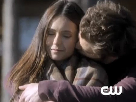 Stefan & Elena fondo de pantalla containing a portrait entitled Crying lobo Promo Screencaps