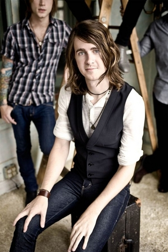 Derek Sanders - mayday-parade Photo
