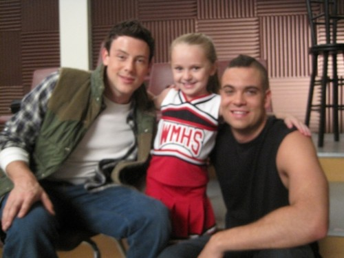 Glee-Avery (Mini Quinn), Puck, and Finn