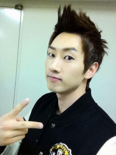 Handsome EunHyuk!