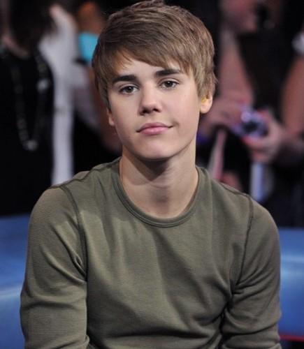 He's so damn beautiful. <3
