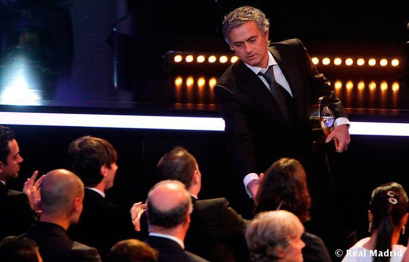 Jose-Mourinho-The-Special-One-jose-mourinho-19029543-800-513 jpgJose Mourinho The Special One
