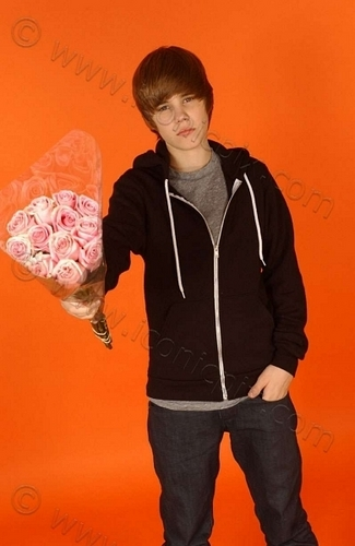 Justin's holding some flowers