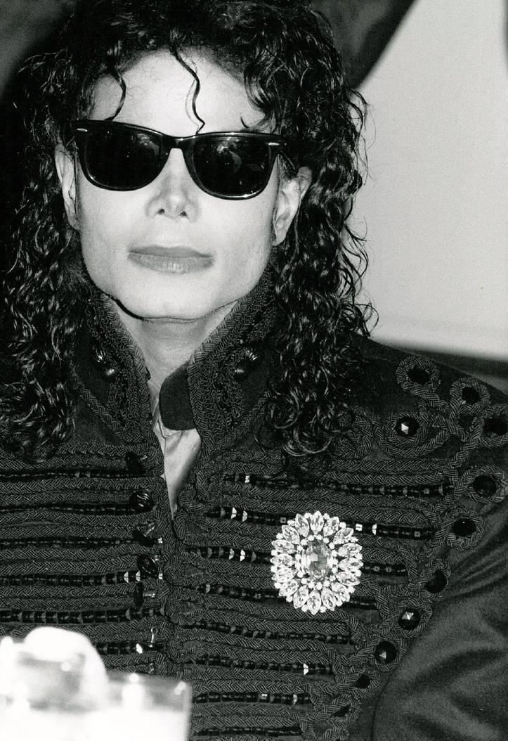 MICHAEL <3 L.O.V.E