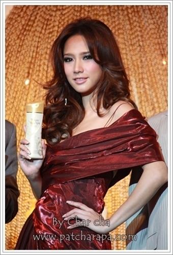 Mistine White Spa emas Caviar 2009