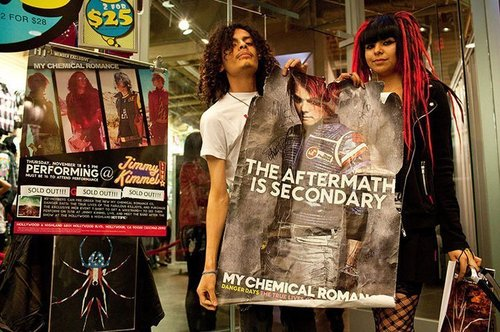 My Chemical Romance - Hollywood and Highland Hot Topic Signing