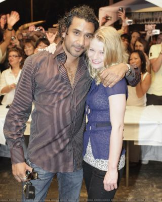 Naveen Andrews and Emilie de Ravin