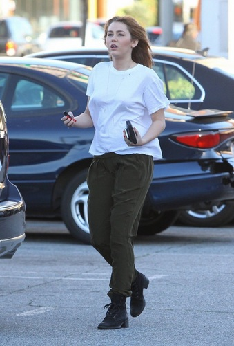 Out and about in Los Angeles - February 2, 2011