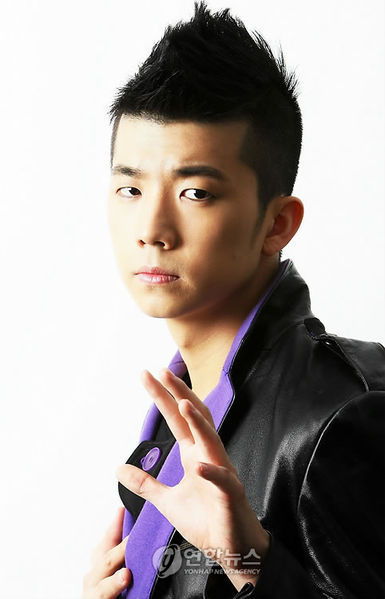 http://images4.fanpop.com/image/photos/19000000/The-Best-of-Wooyoung-jang-wooyoung-19075896-385-599.jpg