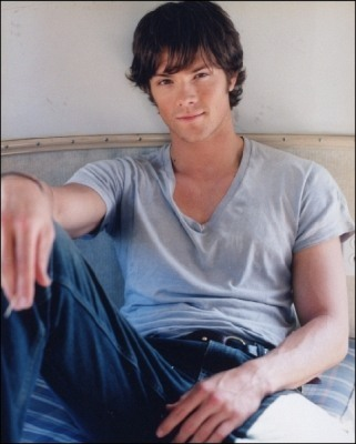 Winchester's Journal wallpaper probably with a sign titled Unknown Shoot - Jared Padalecki 02