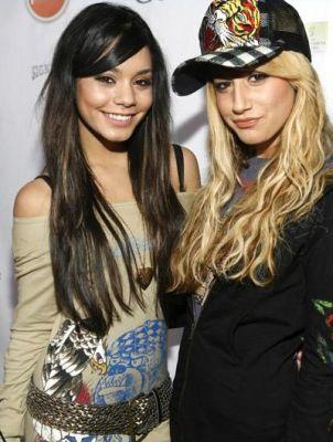 Vanessa&Ashely wolpeyper ❤