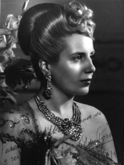 a biography of maria eva duarte the first lady María eva duarte de perón was the wife of argentine president juan perón and first lady of argentina from 1946 until her death in 1952 she is usually referr.