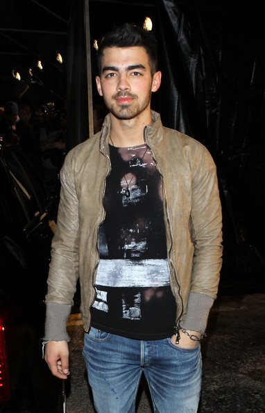 joe jonas wallpaper. joe jonas 2011