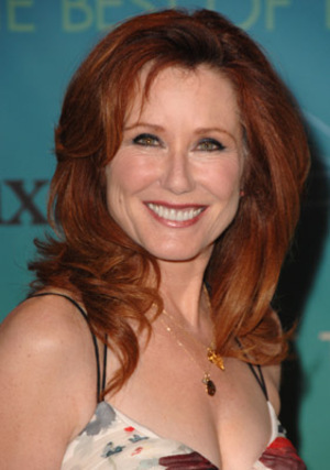 Mary mcdonnell hot photo
