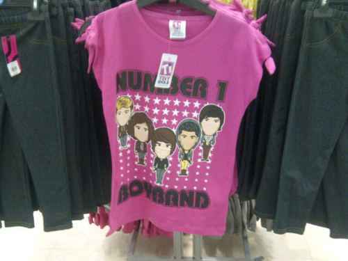 1D = Hearthrobs (No1 Boyband) T-Shirt From Primark! 100% Real :) x