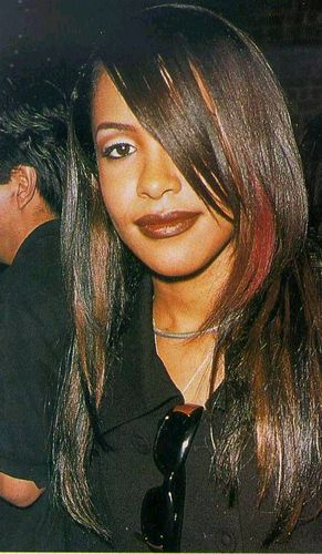 "Aaliyah @ 1997 ""A Gift of Song: Music for UNICEF"" konsiyerto"