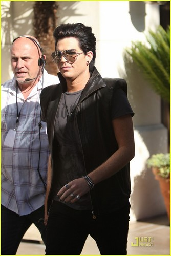 Adam Lambert: Grove Guy!
