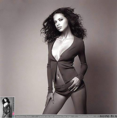Adriana - Cosmopolitan France 2002