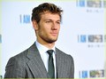 Alex Pettyfer &amp; Dianna Agron: 'I Am Number Four' Premiere! - alex-pettyfer photo