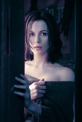 """Aly, Alucard's vampire """"sister"""""""