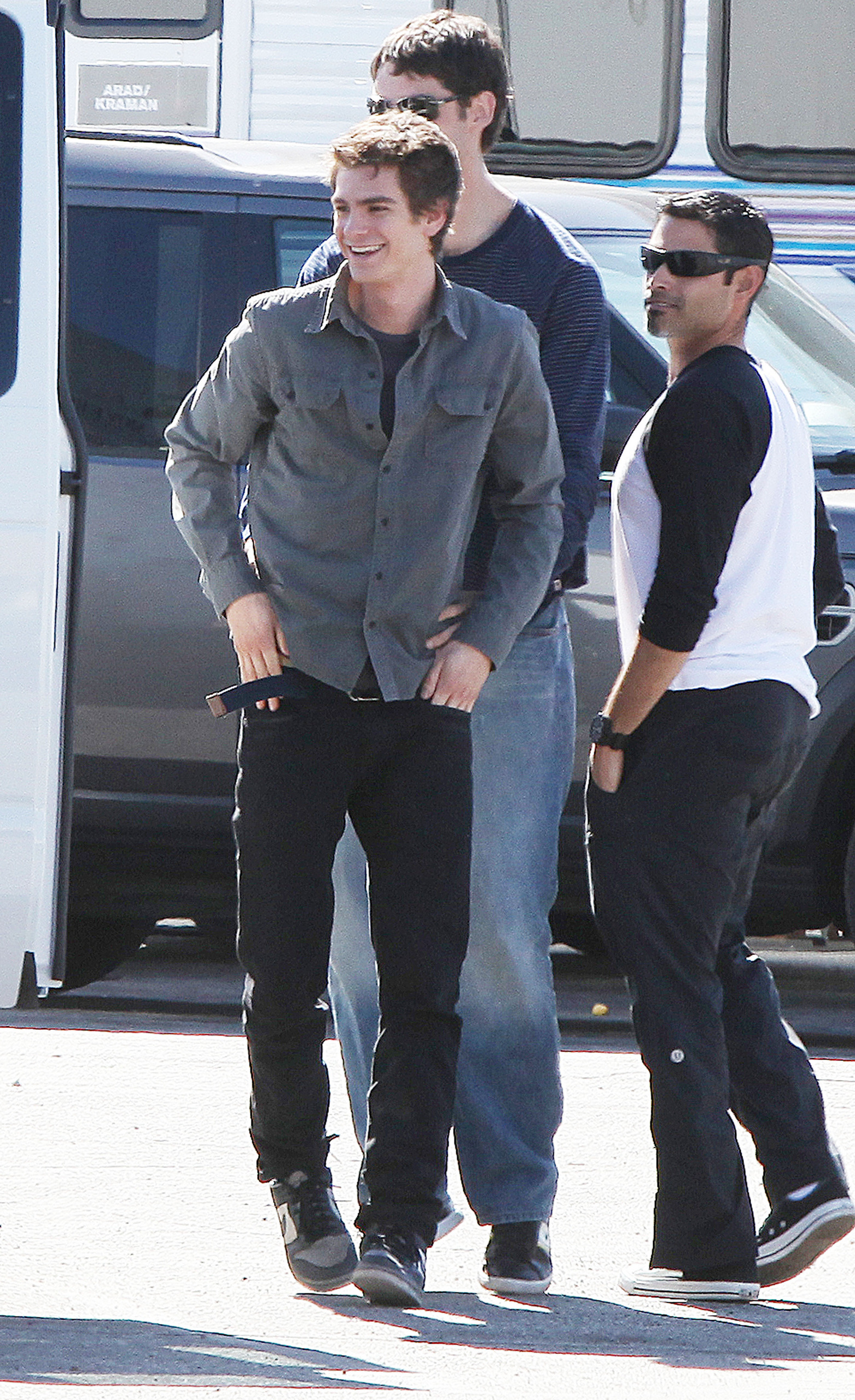 Andrew On Set In LA - February 9th 2011 - Andrew Garfield Photo ...