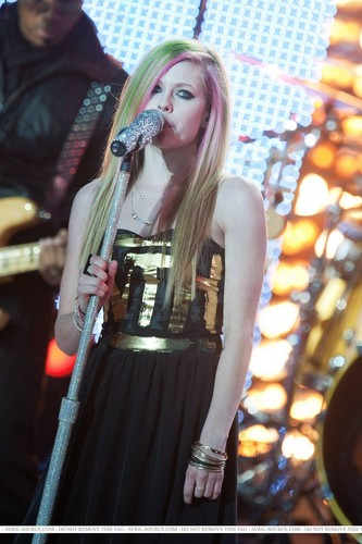 Avril in Lille 2011
