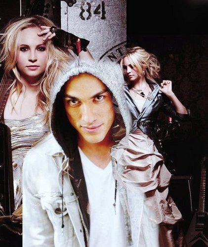 Candice/Michael (4wood) প্রণয় Them 2gether 100% Real :) x