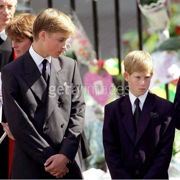 princess diana funeral queen. princess diana funeral photos.