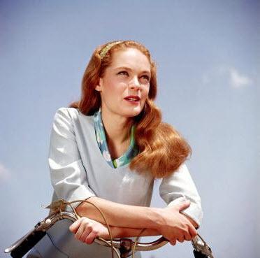 Elizabeth Hartman - 1965 Glamour Shot