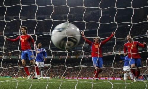 Fernando Llorente wallpaper entitled Fernando Llorente - Spain 1-0 Colombia (friendly 9.02.2011)