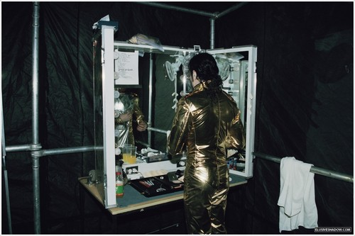 HIStory tour backstage