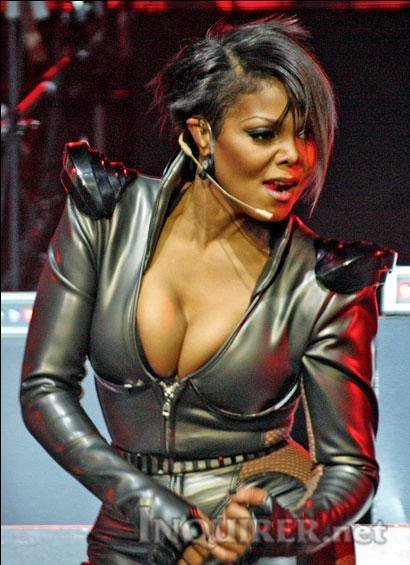 http://images4.fanpop.com/image/photos/19100000/Janet-s-Number-Ones-World-Tour-2011-janet-jackson-19104965-410-565.jpg