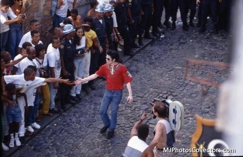 MJ - TDCAU
