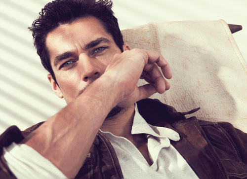 Male Models wallpaper called Massimo Dutti Spring 2011 Campaign | David Gandy