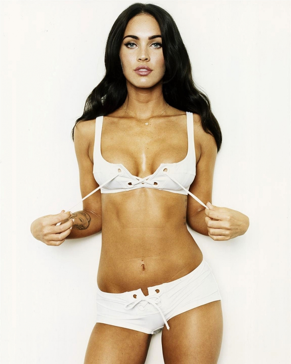 Megan Fox Latest Hot Photo
