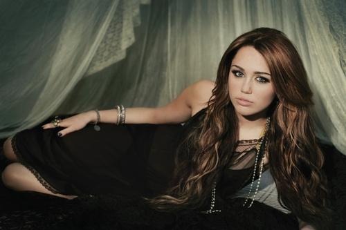 Miley Cyrus photoshoot (HQ)