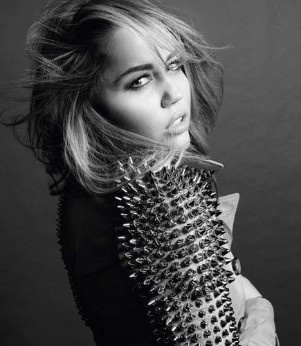 Miley-Photoshoots-2011-Marie Claire